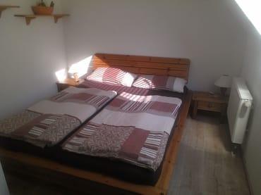 Schlafzimmer Nr.2 mit zweiten TV