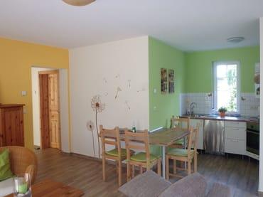 offener Küchen- und Essbereich