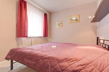 2,Schlafzimmer