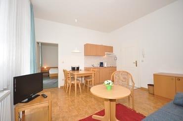 Wohnbereich mit Wohnküche