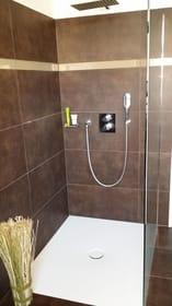 Große Walk-In-Regen-Dusche