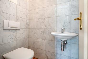 Die Wohnung hat zusätzlich noch ein separates WC.