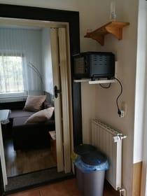 Flur-/Küchenbereich mit Minibackofen