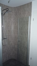 Blick in die große Dusche