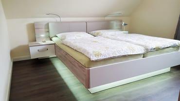180cm Doppelbett Haus OF Fewo Emmely