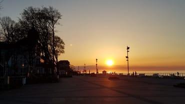 Abendstimmung am Baltic-Platz in Kühlungsborn-West