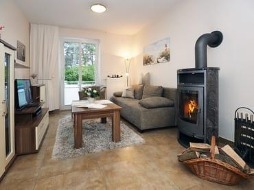 Das modern eingerichtete 2-Zimmer-Appartement mit einer Größe von 47 Quadratmetern befindet sich im Hochparterre der Weißen Düne. Gemütliche Stunden zu jeder Jahreszeit verspricht ...