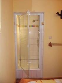 zweite Dusche im Schlafzimmer