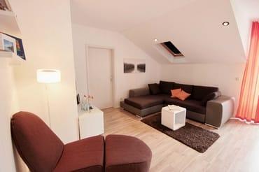 Im Wohnbereich integriert bedindet sich eine Leseecke.