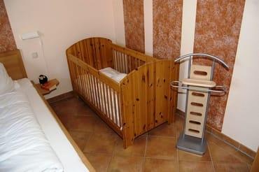 stabiles Kinderbett DG