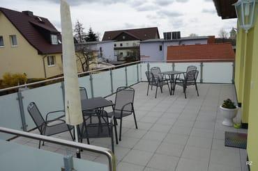 Mit großer Dachterrasse