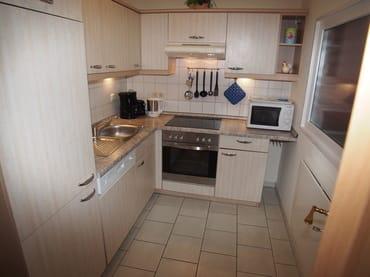 separater Küchenbereich voll ausgestattet
