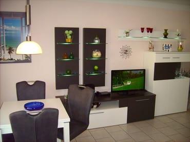 Wohnbereich mit moderner Wohnwand