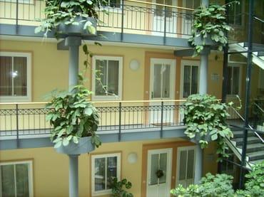 Innenhof mit Wohnungseingang