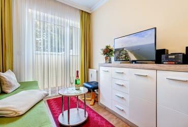 Flat-TV & Zugang auf die Terrasse