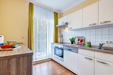 separate Küche mit frz. Balkon