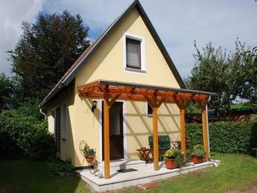 """Ferienhaus""""Bakelberg"""" unter diesem Namen können Sie ein Häuschen oder eine Wohnung mieten. Herzlich Willkommen!"""