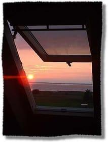 Sonnenuntergang - Blick aus dem Schlafzimmerfenster