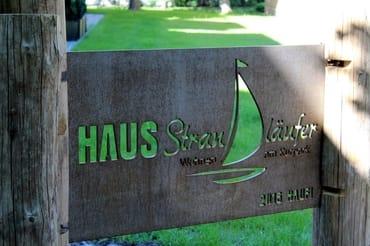 """Das Haus Strandläufer (Baujahr 2015) ergänzt  harmonisch die bestehende gepflegte Ferienanlage  """"Parkresidenz Dierhagen-Strand"""""""