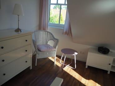 Schlafzimmer Obergeschoss (Rosa Zimmer)