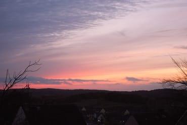 traumhafte Sonnenuntergänge auf der Terrasse genießen