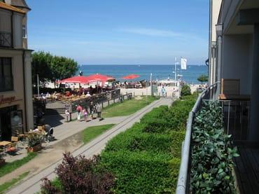 Blick vom Westbalkon im 1. OG auf die Ostsee