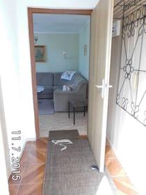 Eingangbereich mit Blick zum Wohnraum