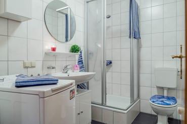 gefplegtes Duschbad