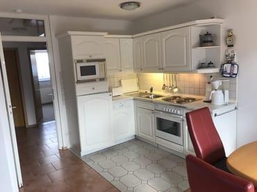 Küche mit Flurblick