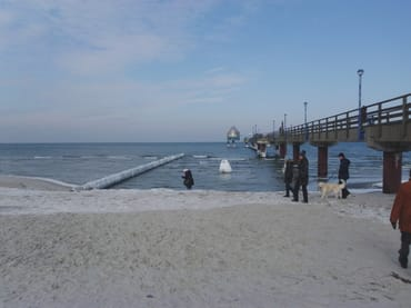 Zingst im Winter am Strand