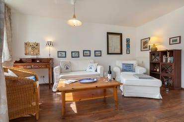Die Wohnung strahlt einladende Gemütlichkeit aus und ist sehr gepflegt.