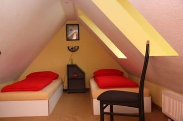 2. Schlafzimmer im Spitzboden