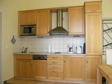 Kochbereich mit Spülmaschine