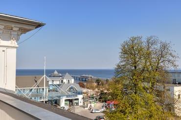 Blick auf die Seebrücke von der Dachterrasse