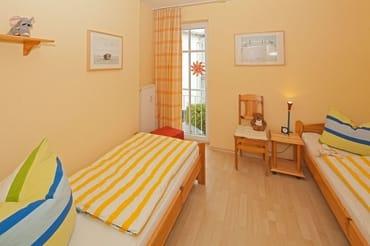... erwarten Sie im zweiten Schlafzimmer zwei Einzelbetten.