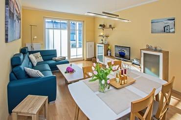 In unserem 3-Raum-Appartement Nr. 30 im 1. Obergeschoss können bis zu 4 Personen auf 62 Quadratmetern gemeinsam ihren Urlaub verbringen.