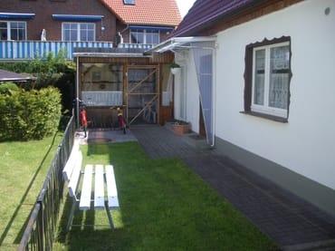 Eingang / Terrasse