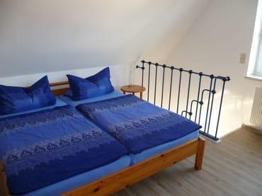 Doppelbett (Kopfteil ist verstellbar)