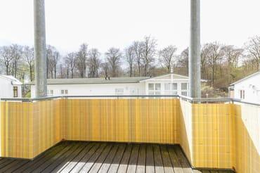 Balkon mit Blick auf den Buchenpark