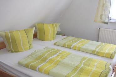 2. Schlafzimmer Doppelbett auch als Einzelbetten nutzbar