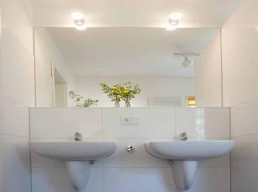 2 Waschbecken
