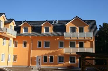 Der Balkon oben rechts gehört zu unserer Ferienwohnung