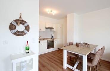 Wohnküche mit separatem Essplatz