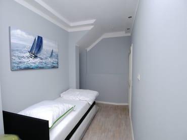 Gästezimmer - Boxspringbett 90 x 200 / 180 x 200