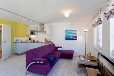 Das großzügige 1-Raum Appartement befindet sich im 1. Obergeschoss der Ahlbecker Höhe im Fischerweg 4 im Seebad Ahlbeck ...