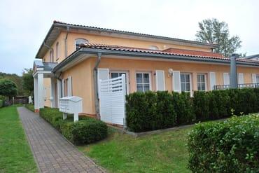 """FeWo Nr. 3, Haus """"Casa Nova"""" im Zentrum West, 100 m zum Strand, Tiefgaragenstellplatz"""