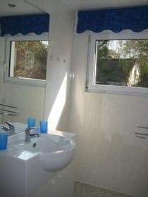 Bad im Schwalbennest mit Dusche und WC