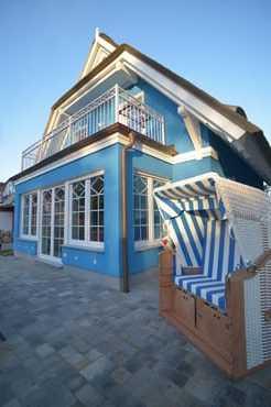 Strandkorb auf der Terrasse