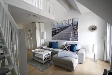 Wohnbereich mit Blick zur Galerie