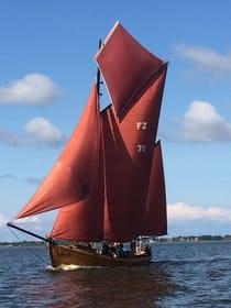 Zeesboote - Braune Segel mit Tradition